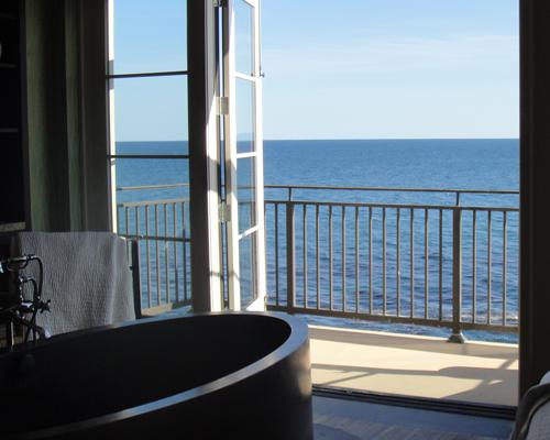 terranea-spa-tub