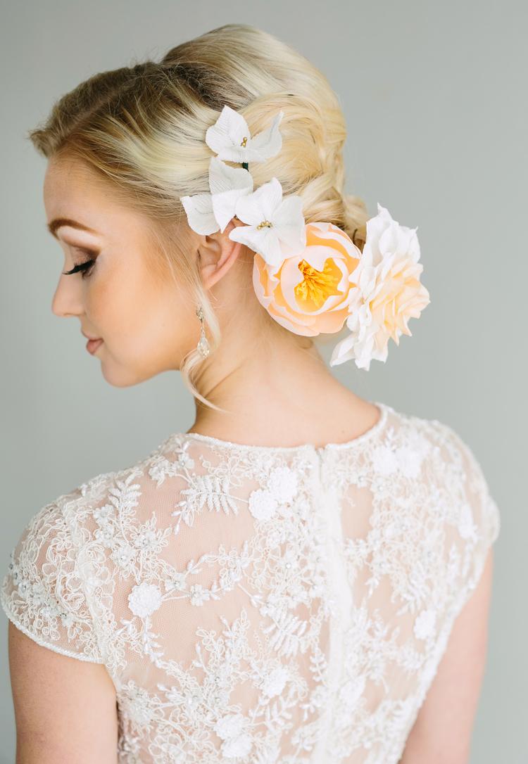 Flower crown_thelovelyave.com