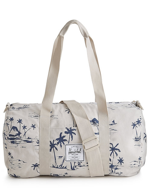Working On Your Bod For That Upcoming Beach Vay K Youll Want A Cute Patterned Duffel Thats Also Functional This Bag Is Durable And Light Weight