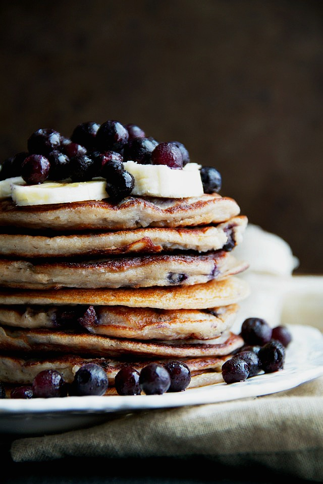 Blueberry-Banana-Greek-Yogurt-Pancakes