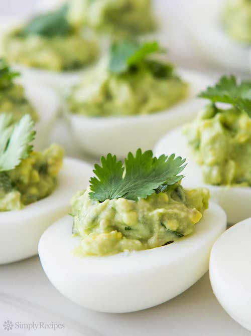 guacamole-deviled-eggs-vertical-a-1200