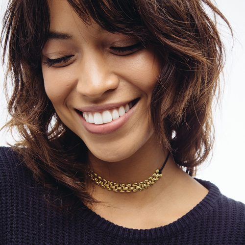 Sterling-Forever-Choker-Necklace-Gold-Model-3-500x500