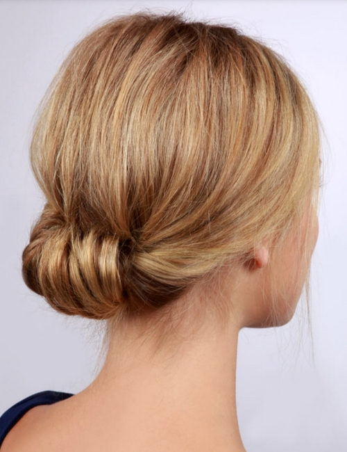 Easy holiday hairstyles you can do yourself fabfitfun this look is so elegant and will make it look like you spent tons of time doing your hair but all you need is a hair tie solutioingenieria Gallery