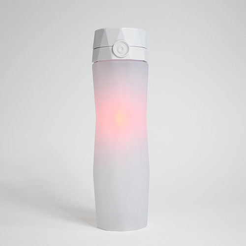 White-Hidrate-Spark-bottle-glowing---origial-with-background
