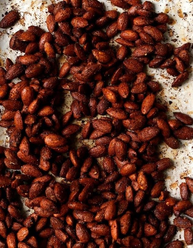 Maple-Tamari-Roasted-Almonds-5-e1430200599255