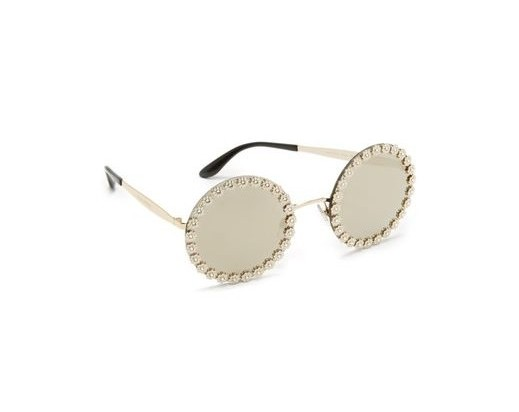 fb1718c33d1 Round frames are taking the sunglass world by storm. Sport this cute pair —  which features daisy embellishments — with your favorite tee and denim combo  ...