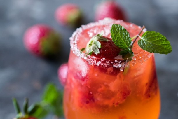 Mint-Strawberry-Moscow-Mule-2