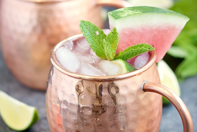 This-Watermelon-Moscow-Mule-is-the-perfect-summer-cocktail-cookingwithcurls.com_