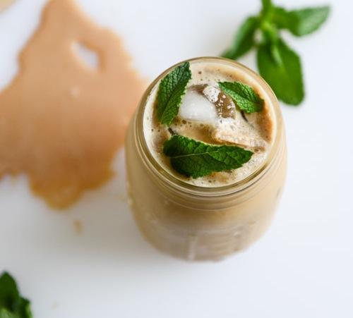 fresh-mint-iced-coffee-I-howsweeteats.com-2