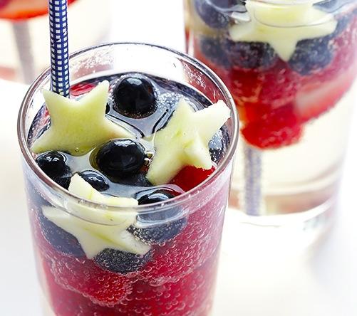 Sparkling-Red-White-and-Blue-Sangria-Recipe-4
