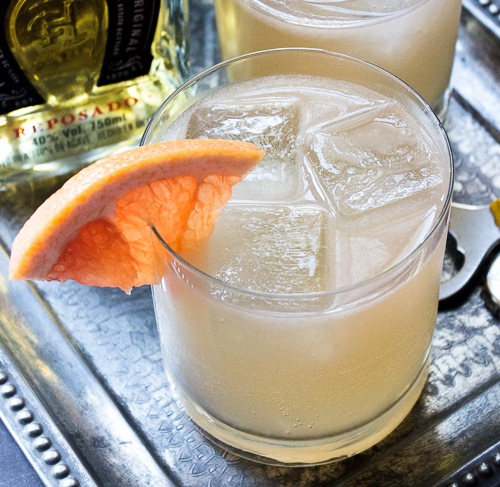 Mexican-Mule-Cocktail-Treats-and-Eats-8