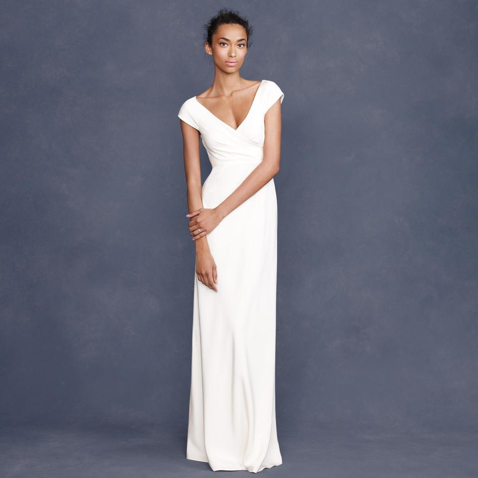 10 Elegant Wedding Gowns for the Minimalist Bride - FabFitFun