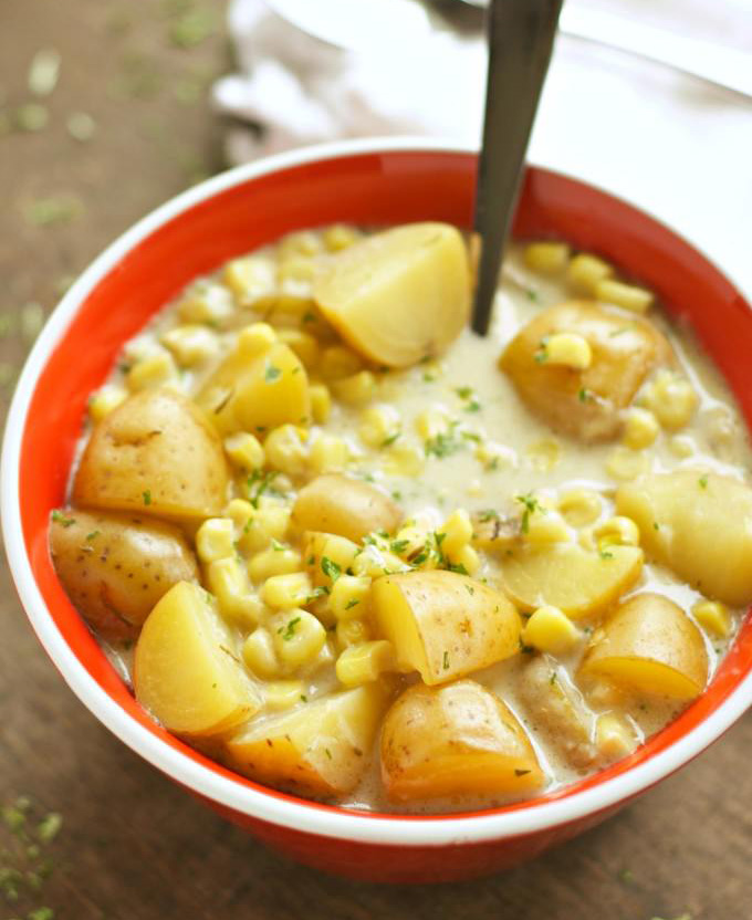 Crockpot-Corn-and-Potato-Chowder-1-680x1024