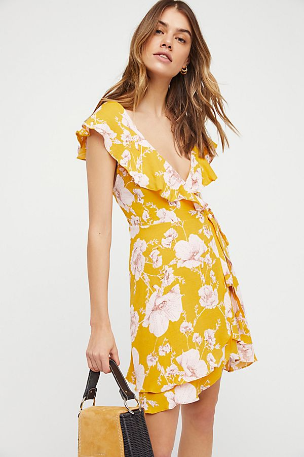 10 Gorgeous Floral Dresses (Because It s Spring b5de62f97691