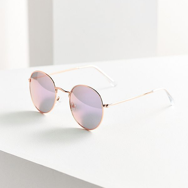 e7e665ce08c8 Your Guide to This Season s Hottest Sunglasses - FabFitFun