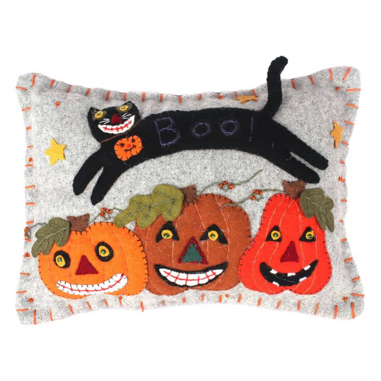 new world arts cat over pumpkin pillow 39